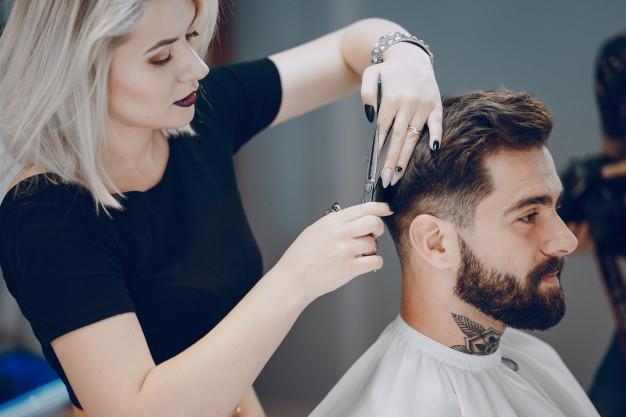 guy-in-the-barbershop_1157-7718 (1)